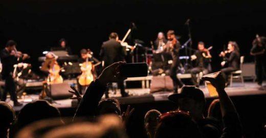 Orquestra faz apresentações gratuitas com clássicos do rock
