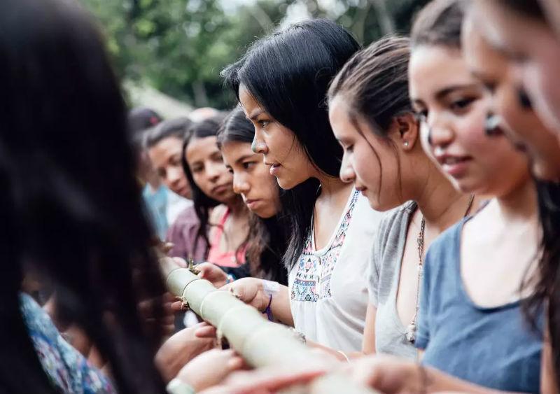 As vagas nesta ONG colombiana são para trabalhar com crianças