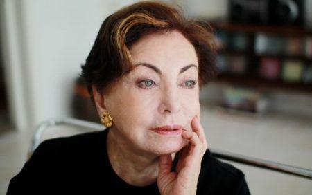 Resultado de imagem para Beatriz Segall é internada em estado grave em SP