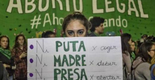 Senado da Argentina rejeita legalização do aborto