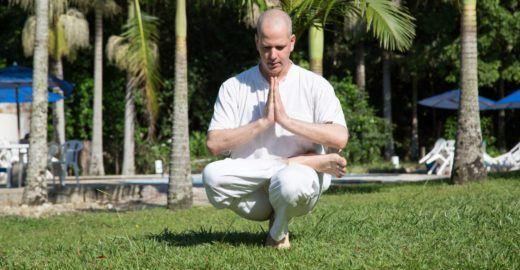 Casa em SP recebe Avi Hay e Amor para falar de meditação e dança