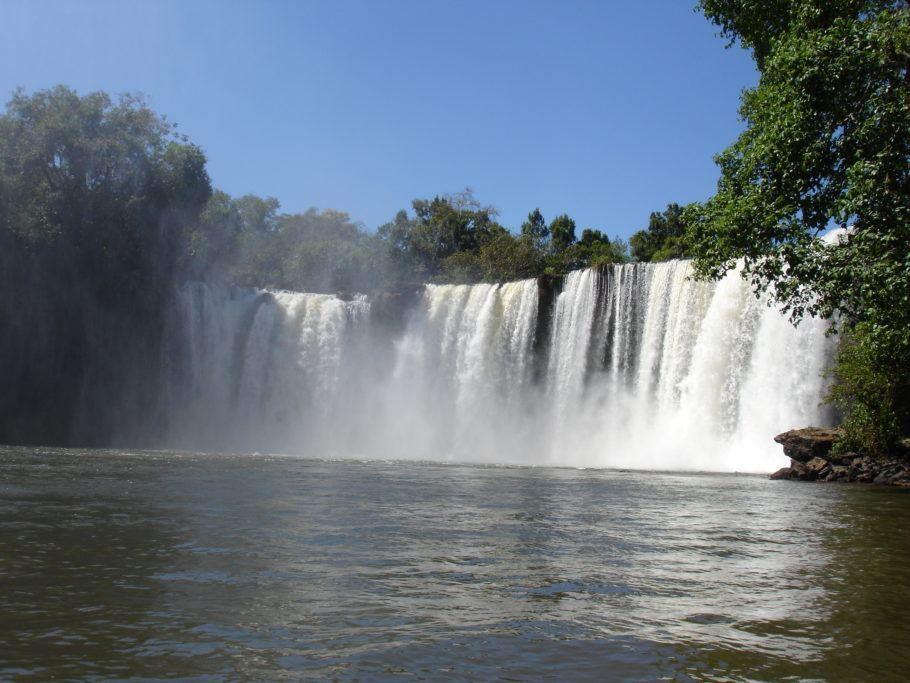 Cachoeira São Romão, na Chapada das Mesas