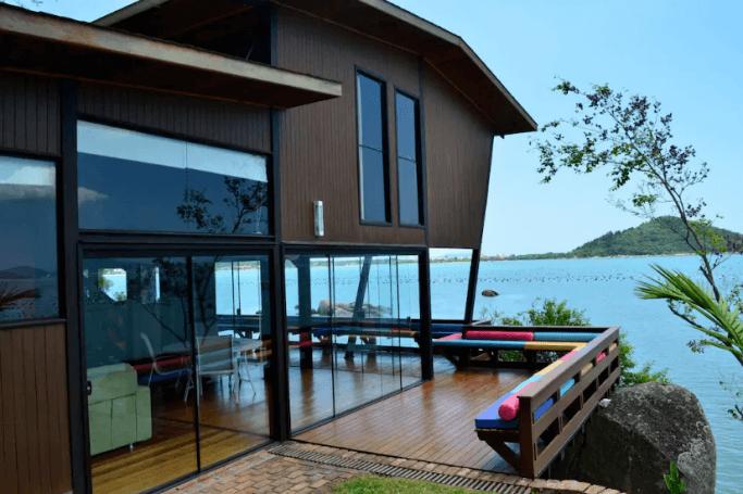 Conhe a as 10 casas mais desejadas do airbnb no brasil - Casa de fotografia ...