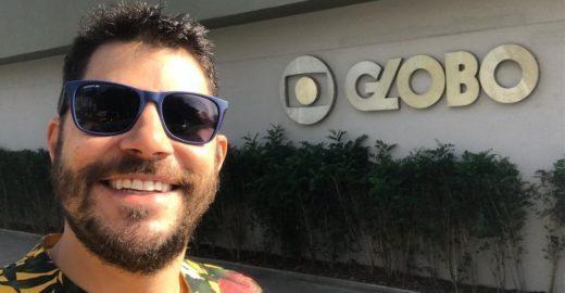 Evaristo Costa 'volta' à Globo e celebra posto de influenciador