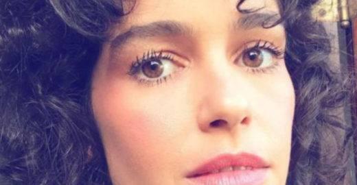 Maria Flor revela que foi reprimida no sexo