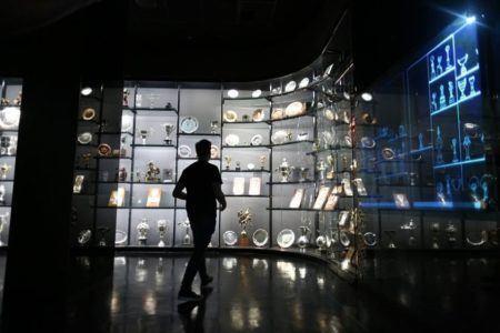 Troféus, fotos, imagens e tecnologia de última geração integram o acervo do Museu da Seleção Brasileira