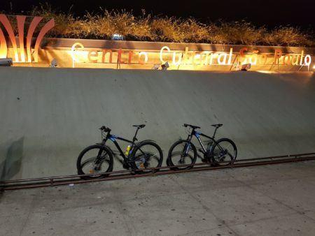 bicicletas em frente ao CCSP