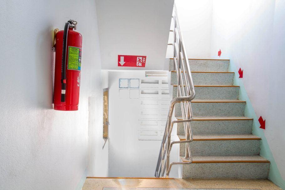 O valor obtido pode ser usado, por exemplo, na recarga de extintores