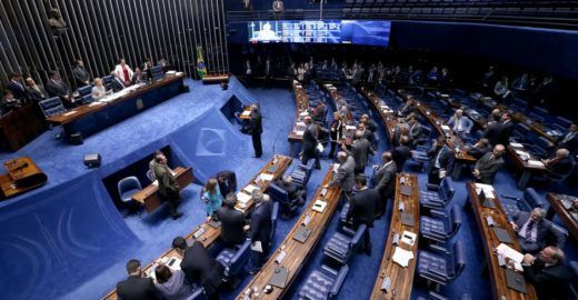 Movimentos buscam eleger mais mulheres nas eleições de 2018