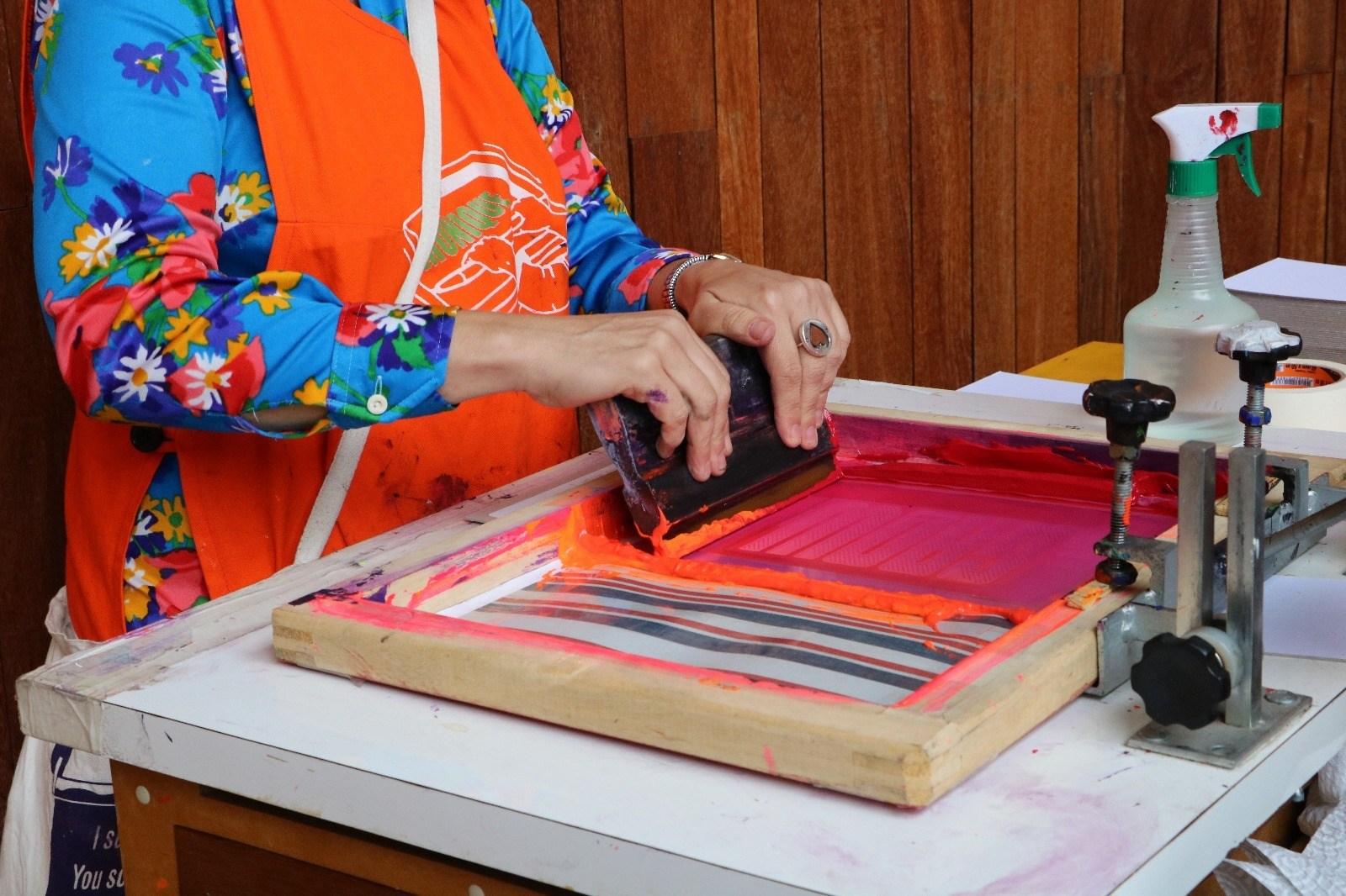 Processo de impressão através da serigrafia