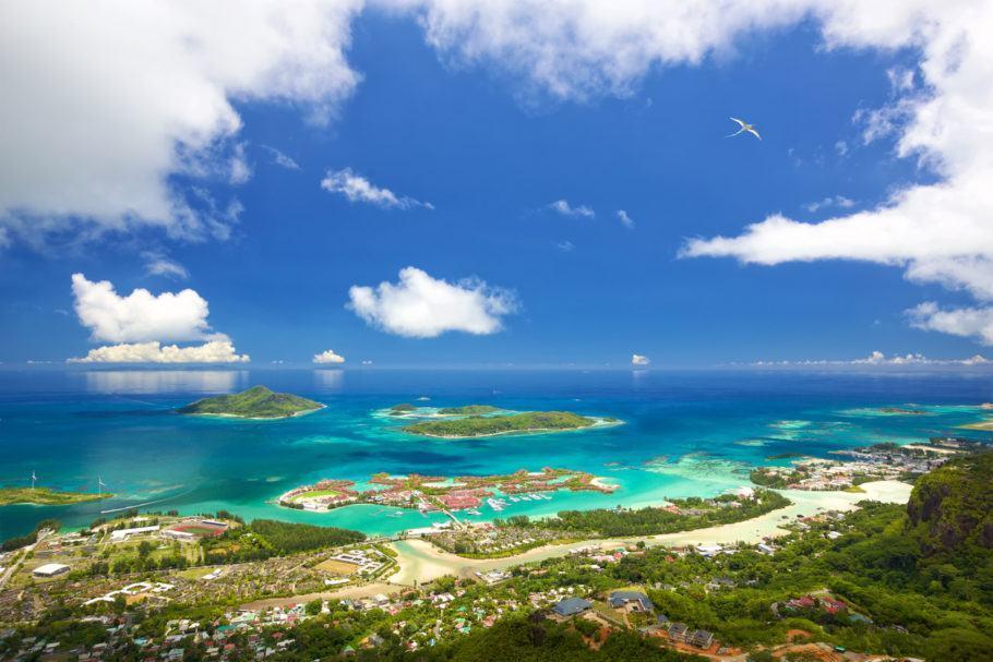 Vista aérea de Mahé, uma das principais ilha de Seychelles