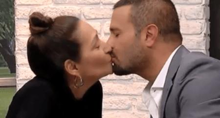 Sônia Abrão tasca beijão em ex-integrante do Dominó e viraliza