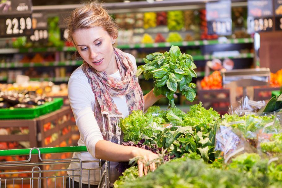 A alface responde por 17% dos produtos descartados em supermercados