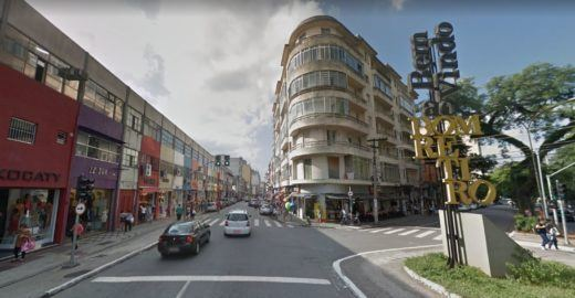 Ruas de comércio temático em SP: saiba onde comprar de TUDO
