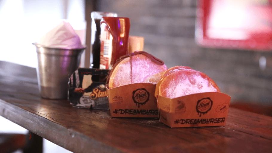Restaurante no Morumbi faz sobremesa em formato de hambúrguer