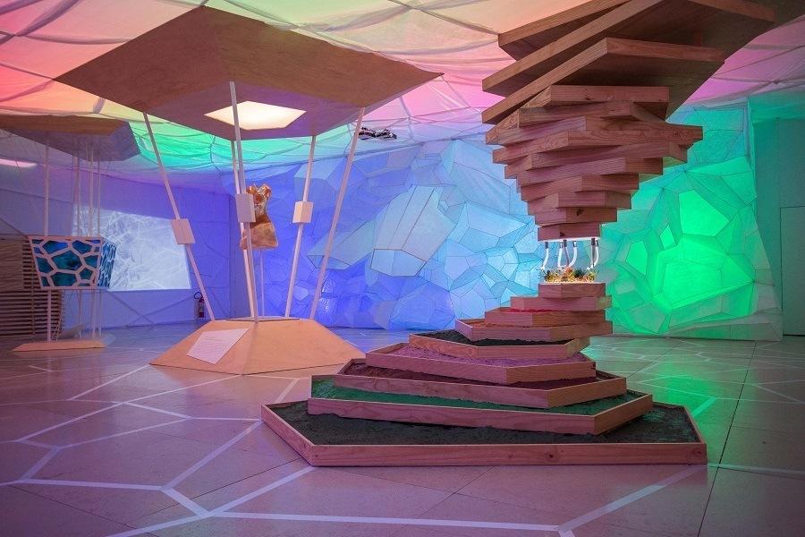 Exposição 'Ofisuka 2068 – Imaginando um Futuro do Trabalho' no Museu do Amanhã