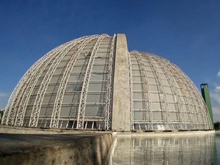 O Orquidário Ruth Cardoso tem arquitetura sustentável que privilegia a iluminação natural