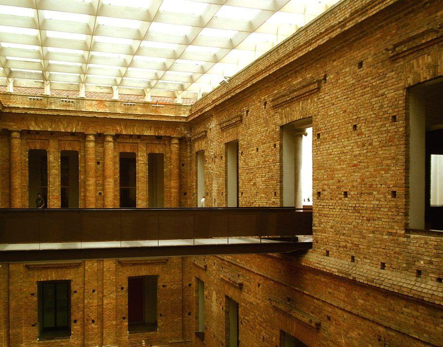 Pinacoteca por dentro