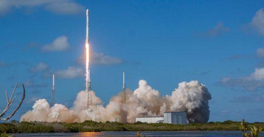 Turistas podem assistir a lançamentos de foguetes na Flórida