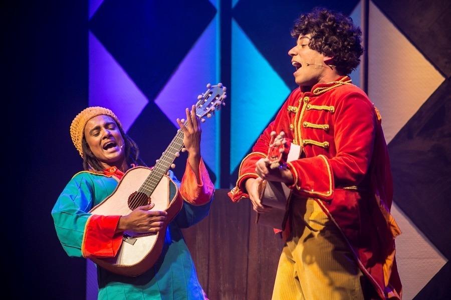 Musical 'Tropicalinha – Caetano e Gil para Crianças'
