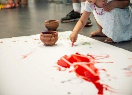 O MAR promove atividades educativas, oficinas e visitas às exposições