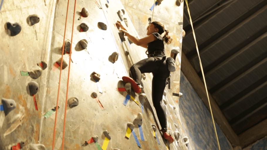 Parede de escalada da Casa de Pedra, na Vila Pompéia