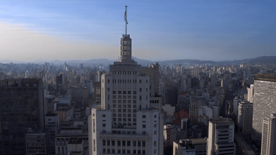 Fachada do Farol Santander no Centro Histórico de São Paulo