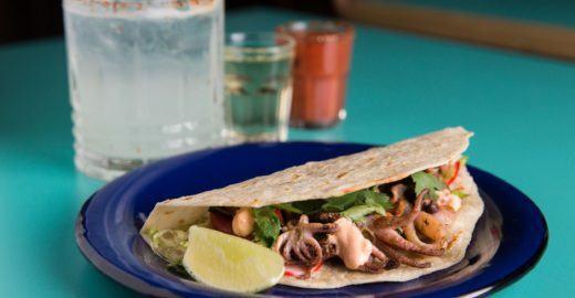 Festival de comida mexicana serve tacos em dobro às terças em SP