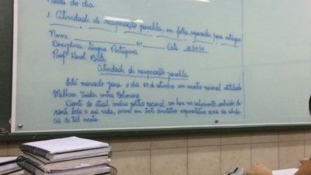 professora redação #elenão