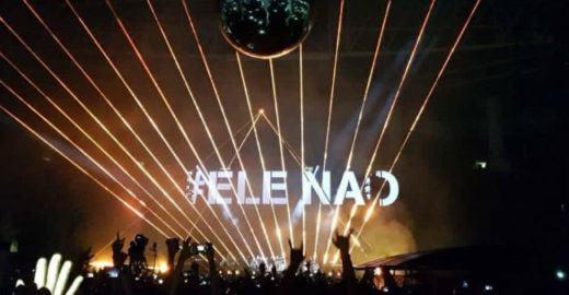 Roger Waters exibe #EleNão em show em SP e é vaiado e aplaudido