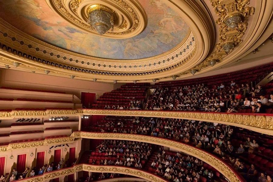 Sala de Espetáculos tem capacidade para 1.739 espectadores