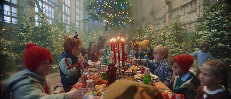 Em campanha, festa de fim de ano tem guloseimas e alegria