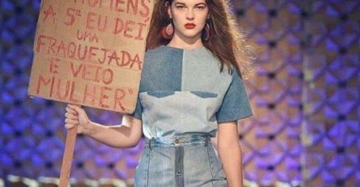 Desfile da Eco Fashion Week protesta contra presidente eleito