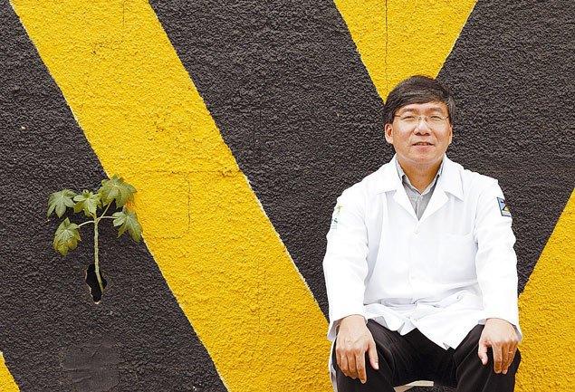 O empreendedor social Roberto Kikawa