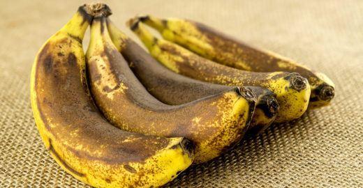 Banana madura vira ingrediente contra desperdício de comida