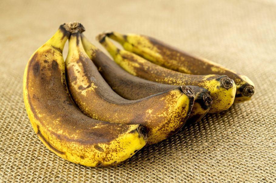 Banana madura além da conta é o principal ingrediente de um bolo fabricado por uma rede de hipermercados portuguesa