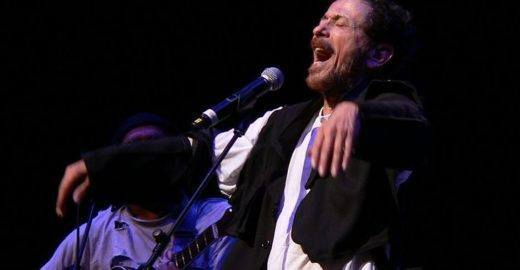 Tom Zé, Nômade Orquestra e outros artistas fazem show GRÁTIS