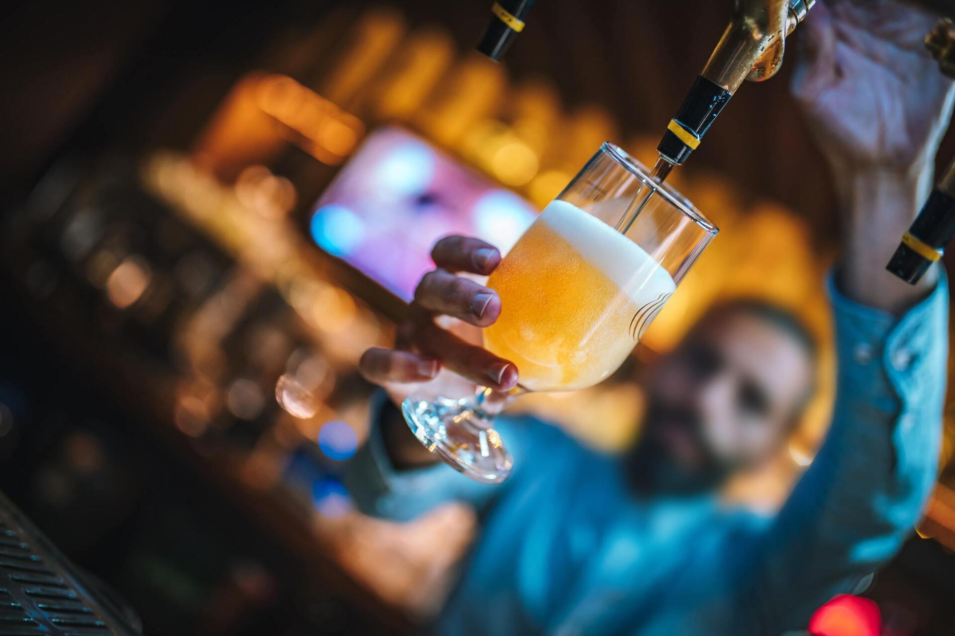 A venda de bebida poderá ser restringida no país. Medida é proposta pelo futuro ministro da cidadania.