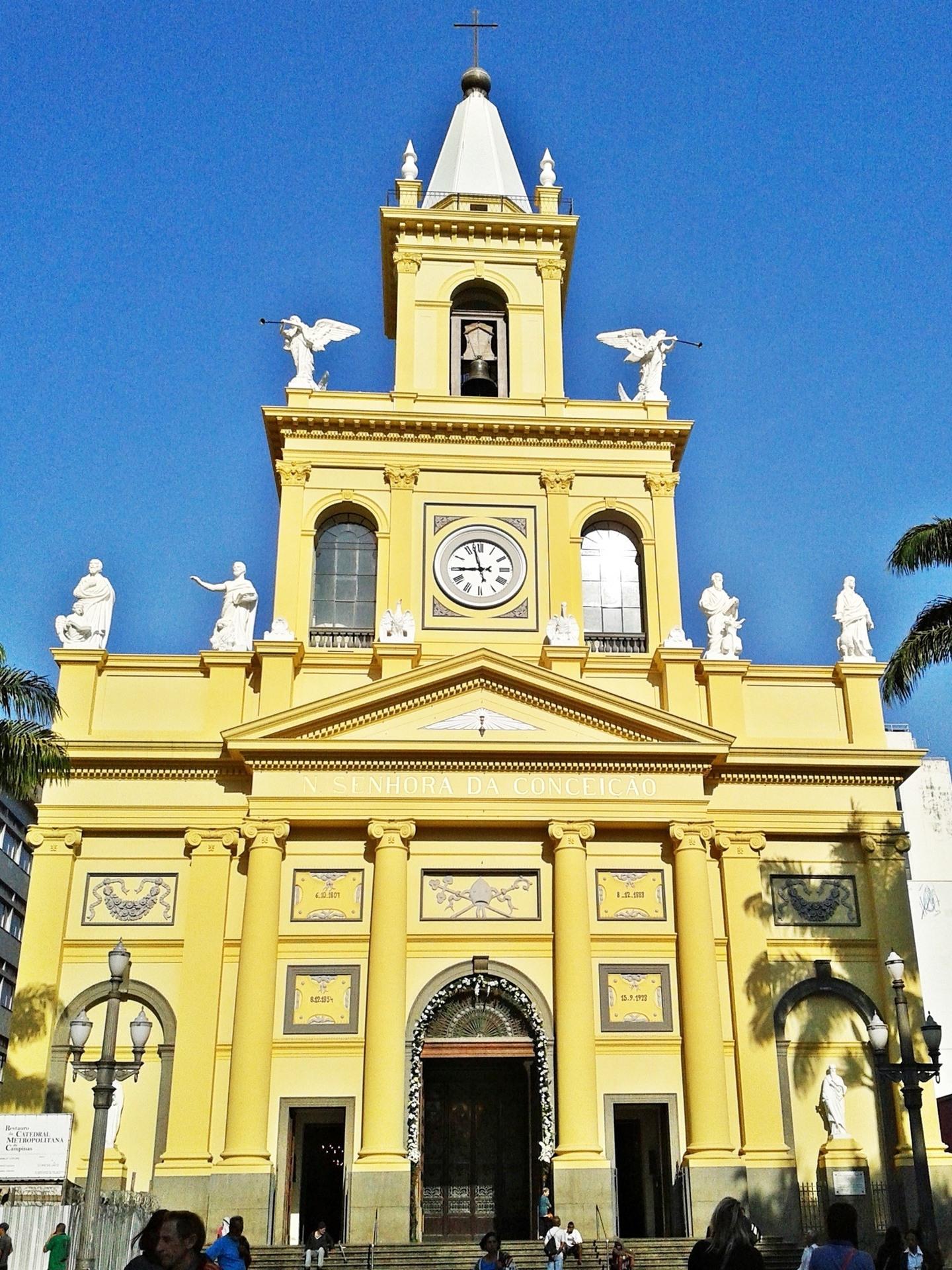 780363404c Atentado na Catedral de Campinas deixa cinco mortos