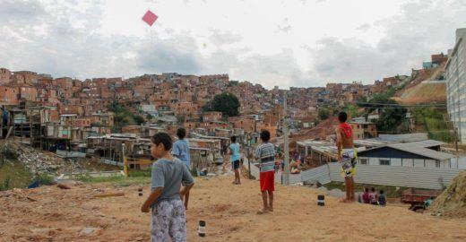 Campanha de Natal pede doações para famílias de Paraisópolis