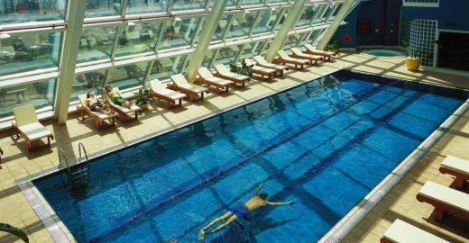29 piscinas refrescantes para amar o verão em São Paulo e no ABC