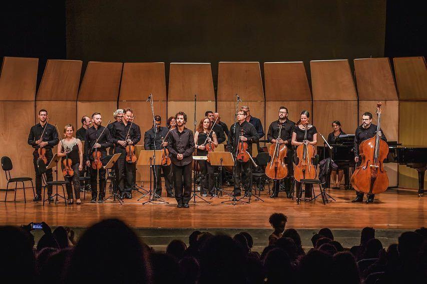 A Orquestra Moderna conduziu um projeto com deficientes auditivos