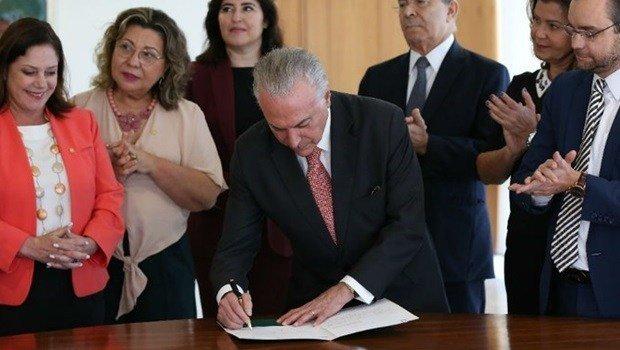 Michel Temer sanciona Projetos de Lei de Proteção à mulher