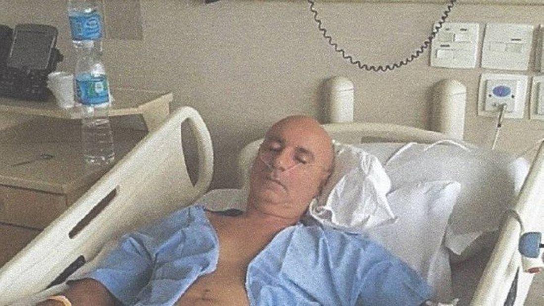 Ex-assessor de Flávio Bolsonaro foi diagnosticado com câncer de cólon e passou por um cirurgia para a retirada do tumor.