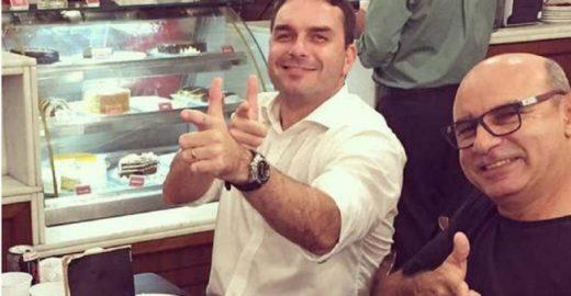 Ficha corrida de Queiroz tem agressão e morte