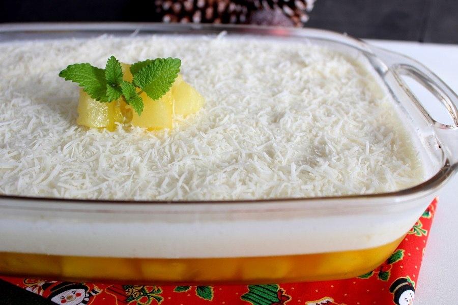 Delícia de abacaxi com coco