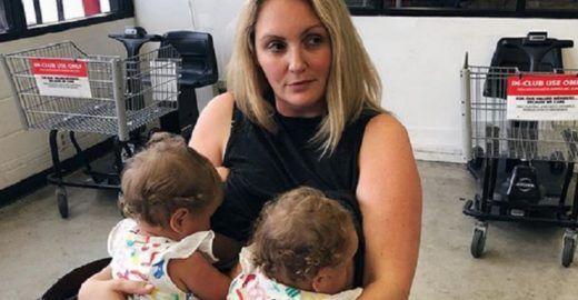 Mãe de gêmeos é proibida de amamentar em creche nos EUA