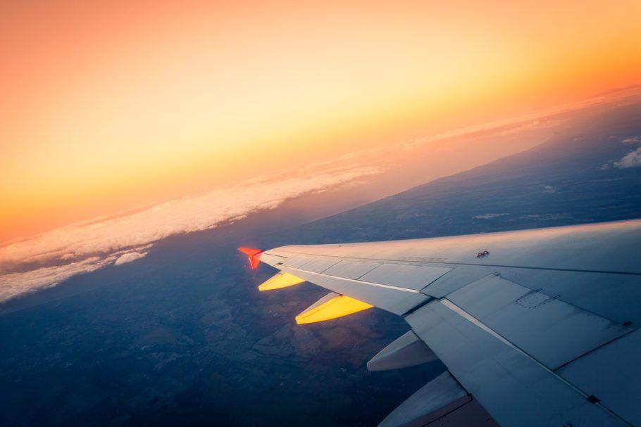 Meses baratos comprar passagens aéreas