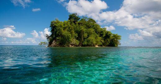 Conheça algumas ilhas escondidas da Jamaica no azul do Caribe