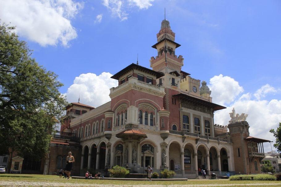 prédio do museu catavento